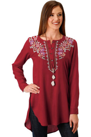 Roper Women's Embroidered Henley Tunic